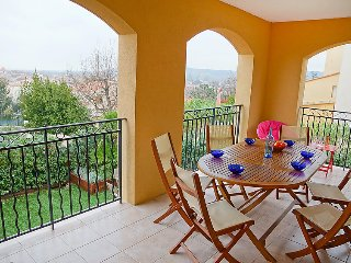 2 bedroom Apartment in Cogolin, Provence-Alpes-Côte d'Azur, France - 5051769