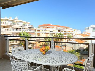 2 bedroom Apartment in Cannes, Provence-Alpes-Côte d'Azur, France : ref 5051945