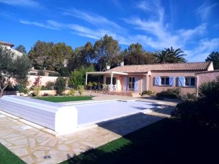 Villa w/ private heated pool