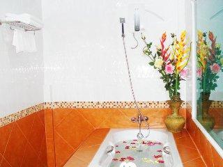 Patong Room Rental, Phuket | Inc Housekeeping, WiFi
