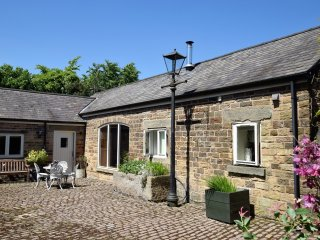 PK752 Cottage in Holmesfield