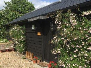 49685 Cottage in Ashford