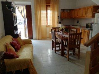 Deliziosa casa su due piani a Calasetta