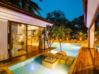 Luxurious 4 BHK Villa with Private Swimming Pool
