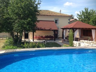 La Grange Terrou Maison de la Chasse +private heated pool