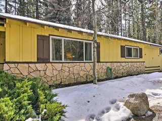 NEW! South Lake Tahoe Townhome - Walk to Lake!