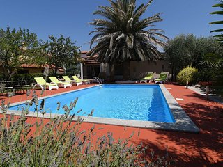 Beautiful villa Margherita with pool, 2 bedrooms, 2 bathrooms, 4 + 2 persons