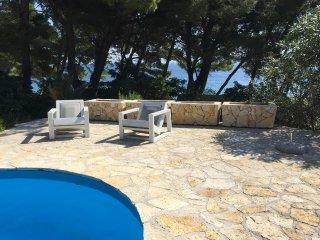 4 bedroom Villa in Bol, Splitsko-Dalmatinska Zupanija, Croatia : ref 5576502
