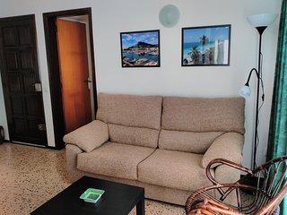 Apartamentos Omega - L'Estarit - Costa Brava -
