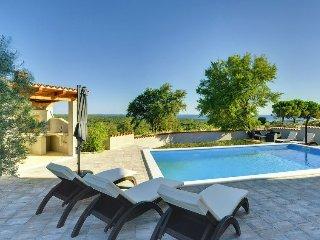 2 bedroom Villa in Barbariga, Istria, Croatia : ref 5576488