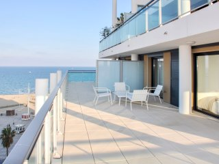 Amazing apt with sea view & terrace
