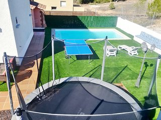 **SPECIAL OFFER**ENJOY THE NEW SWIMMING POOL AND JACUZZI OUTDOOR*WIFI*PING PONG