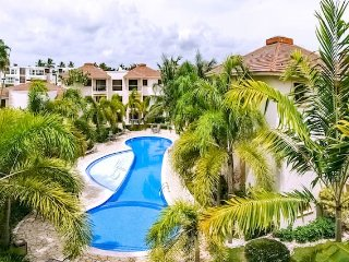 Rosa Hermosa D302. Private Escape.Huge Pool and BBQ. Relax&comfort