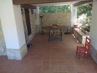 Lovely cottage with garden,2,5 km from Nerja, in the direction of Frigiliana.