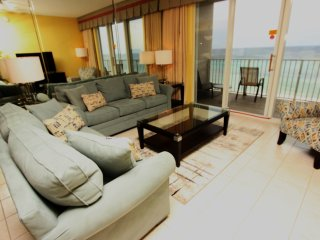Stunning beach views!! Indoor/outdoor pool, fitness, & hot tub! Steps to beach!