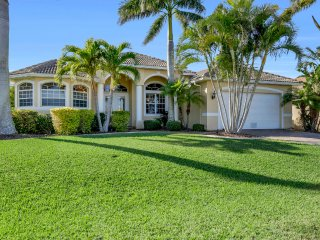 Luxurious West Facing Pool/Spa Home with Huge Pool Deck, Gazebo and Gulf Access