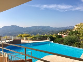 Grand Duc, 6 Guests, Fantastic View, Pool, Sun,Sea and Golf
