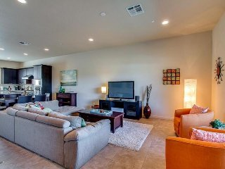 Spacious and Modern Home Steps from the Action of Old town Scottsdale!