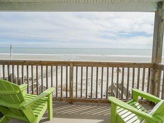 ALL-INCLUSIVE RATES! Shore Magic - Oceanfront, Pool, & Pet Friendly