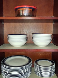 Storage bowls, bowls, large plates, and small plates