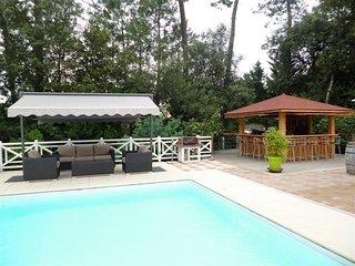 Pyla sur Mer proche Moulleau - Villa avec piscine pour 12 personnes