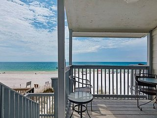 3 story private beachfront townhome. Amazing views  Free Parasailing