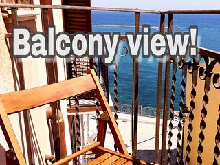 STUDIO APARTMENT 15 M. FROM WATERFRONT. GULF VIEW!