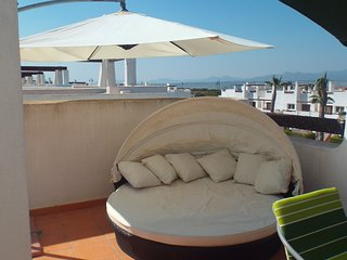 'DORENA'. Fantastic luxury Apartment. Book now for June receive 10% off.