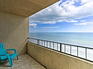 Oceanfront Myrtle Beach Studio Condo w/ Views!