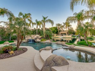 On The Water In Ocotillo! 4 Bedroom with Pool & Spa