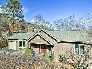 NEW! Maple Highlands, 4BR 4BA Home in Massanutten!