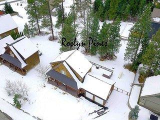 SNOW! 50% OFF *Upscale Cabin Near Suncadia*Hot Tub,Chefs Kitchen