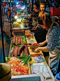 Baan Kao Night Market a 5 min drive away