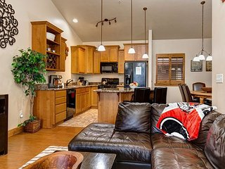 3BR Bear Hollow Village w/ Hot Tub – Minutes to The Canyons Resort