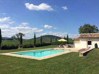 Maison au coeur du vignoble avec piscine chauffée