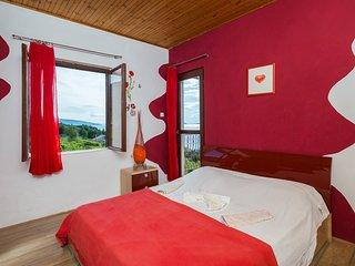 Zavala Bay Red Apartment