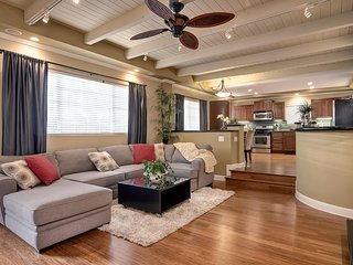 Gorgeous Home with Yard and Patio!  Steps to Beach Access, w/Hot Tub & Fire Pit!
