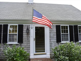 NEW! BARNSTABLE LOCATION! CLOSE TO 3 BEACHES! FREE BEACH PASS! CENTRAL A/C!