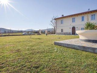 5 bedroom Villa in Pietratonda, Tuscany, Italy : ref 5576807