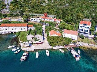 3 bedroom Villa in Lucic, Dubrovacko-Neretvanska Zupanija, Croatia : ref 5576700