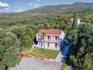 8 bedroom Villa in Molunat, Dubrovačko-Neretvanska Županija, Croatia : ref 55767