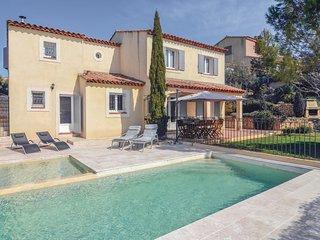 4 bedroom Villa in Pélissanne, Provence-Alpes-Côte d'Azur, France : ref 5576615