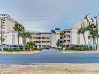 3bd/2.5ba Oceanfront Condo in Crescent Beach Section
