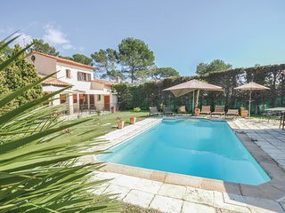4 bedroom Villa in Mougins, Provence-Alpes-Cote d'Azur, France : ref 5576599