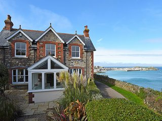 Chy an Carrack - Chic coastal house, St Ives, for beautiful holidays.