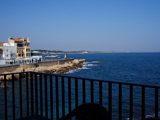 Costabravaforrent Perris 2, seafront