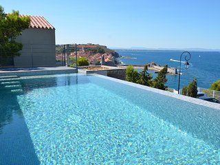 VILLA 6 ROOMS WITH SWIMMING POOL, SEA VIEW