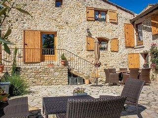 Hermosa casa de piedra en Orsan, Gard, piscina privada, se admiten mascotas