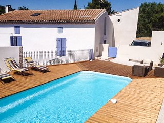 Holiday landhouse in Languedoc near Beziers, private access to river