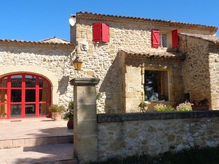 En Lambesc, Bouches-du-Rhone, casa de vacaciones, piscina privada